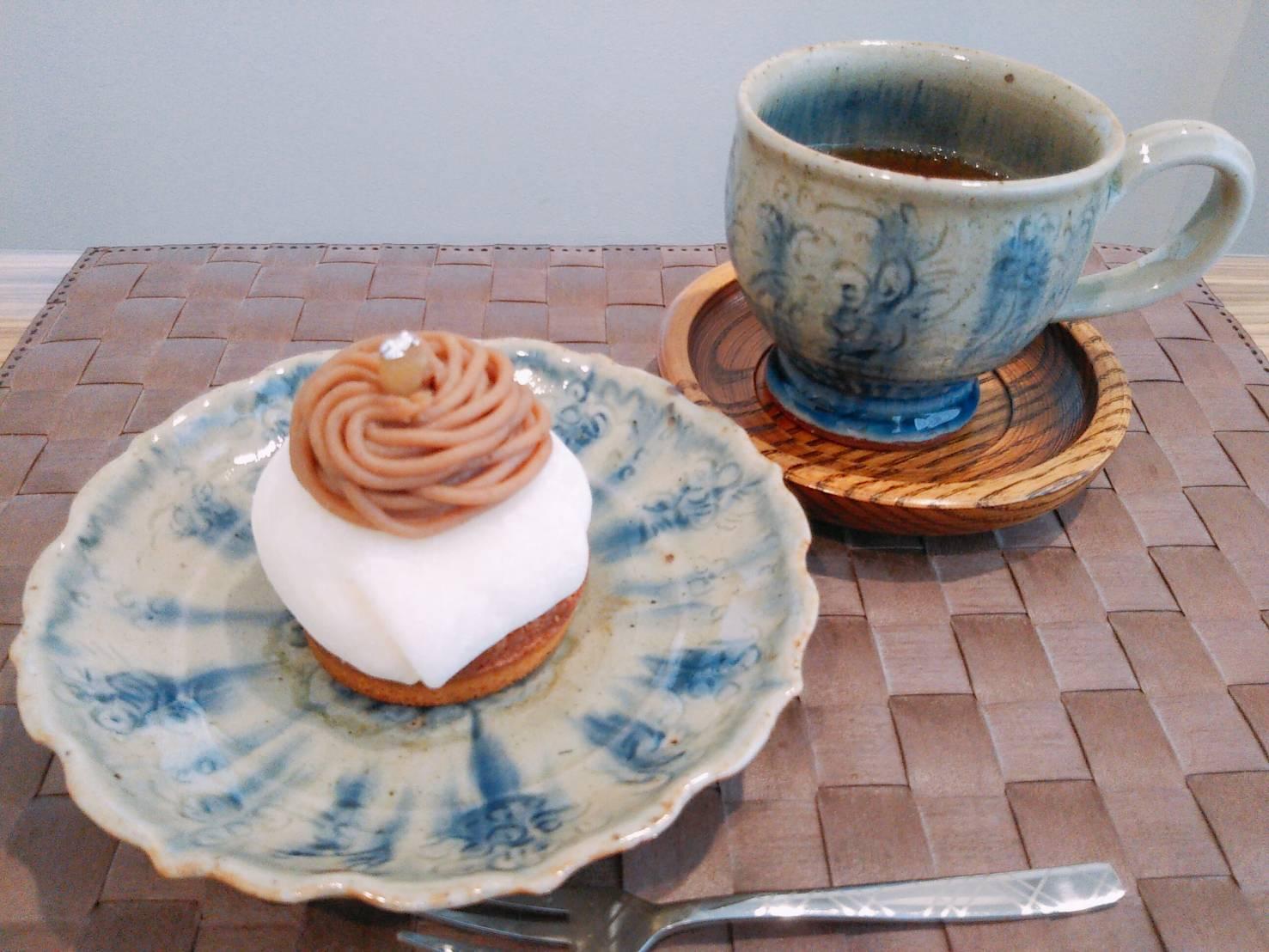 鯉川筋の山手にひっそり佇む街角のケーキ屋さん『cake sky walker (ケーク スカイ ウォーカー)』