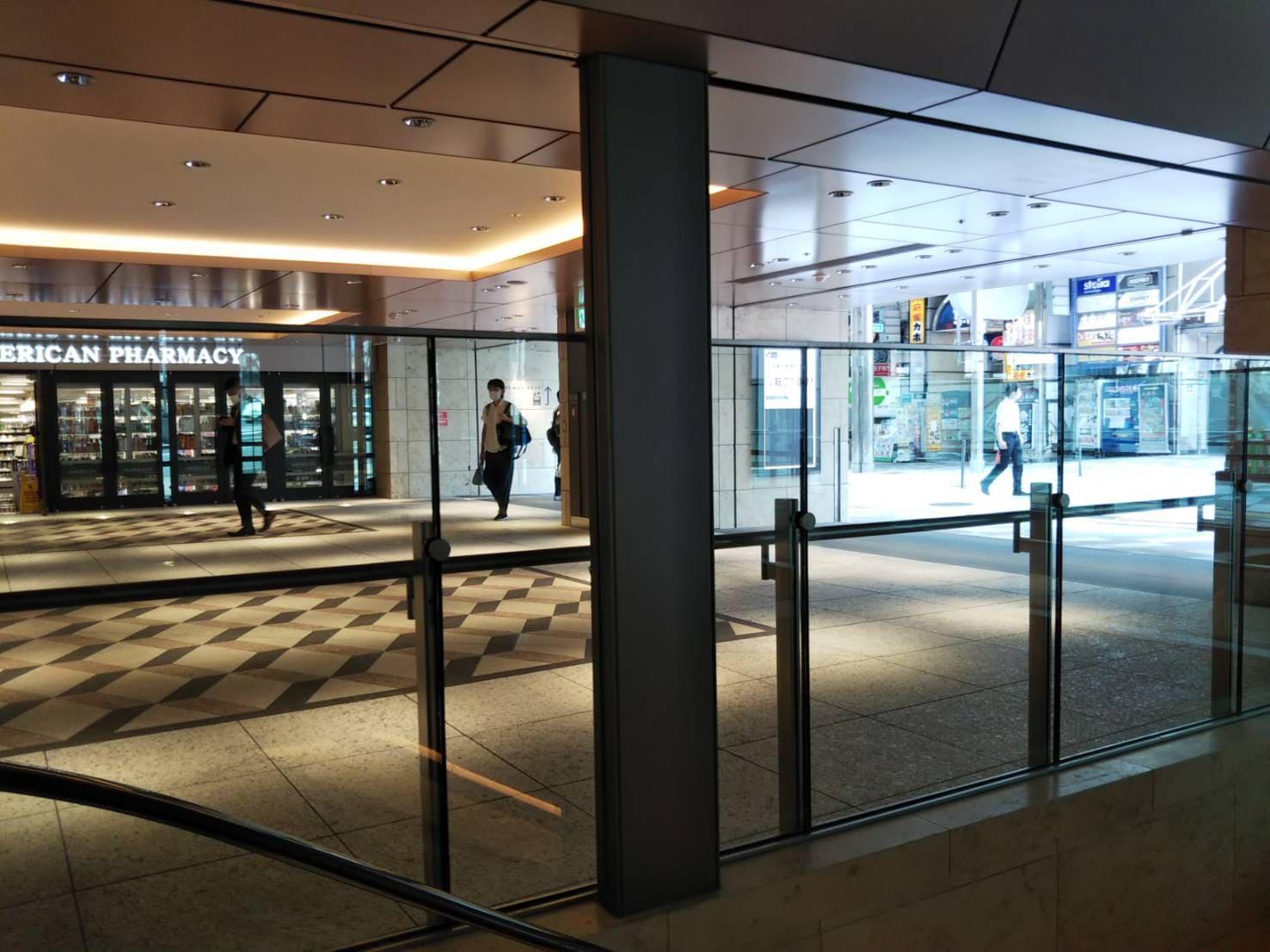 神戸三宮からエキゾ山側ゾーンを望む