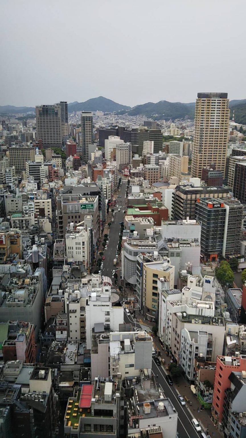 神戸三宮から西側方面の風景