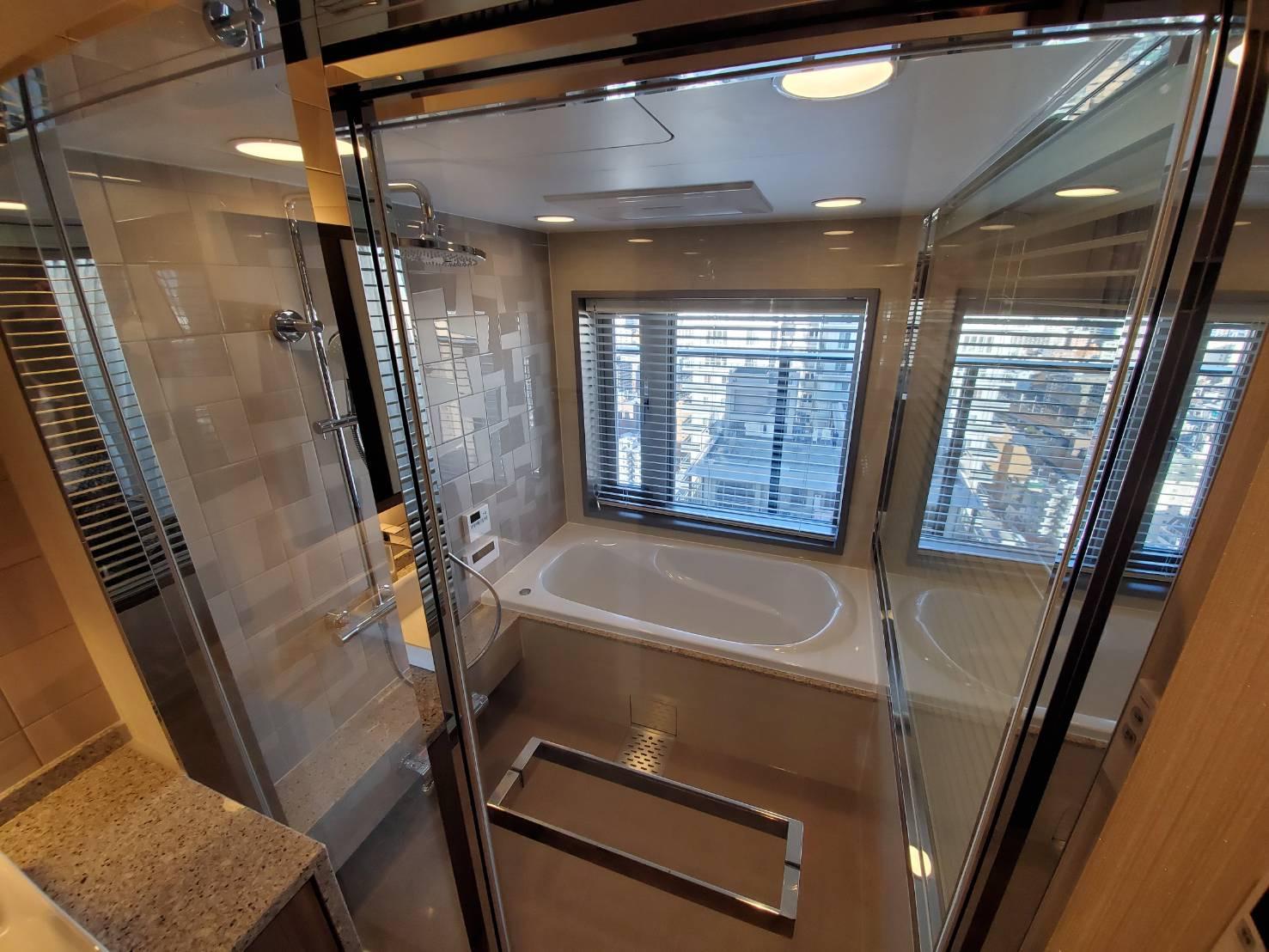 ザ・パークハウス神戸タワーのゲストルームの浴室